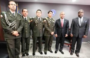 Le Premier ministre et la délégation de haut niveau de la police équatorienne Photo Pierre COTE