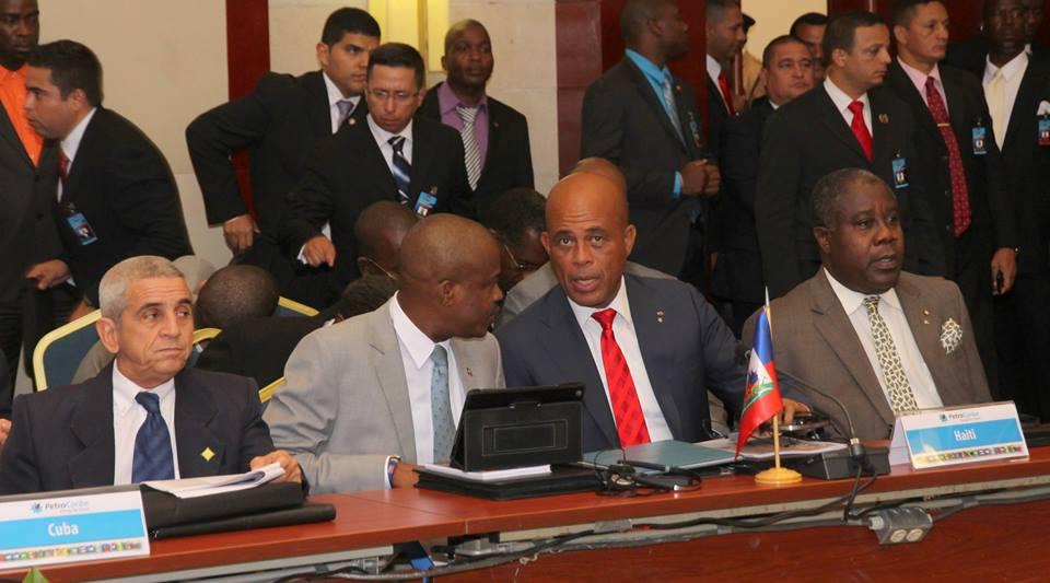 Le Chef de l'Etat et sa délégation