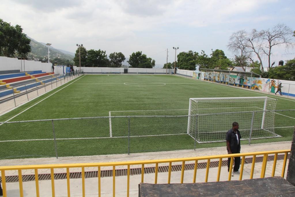 Le terrain de football de Sainte Marie