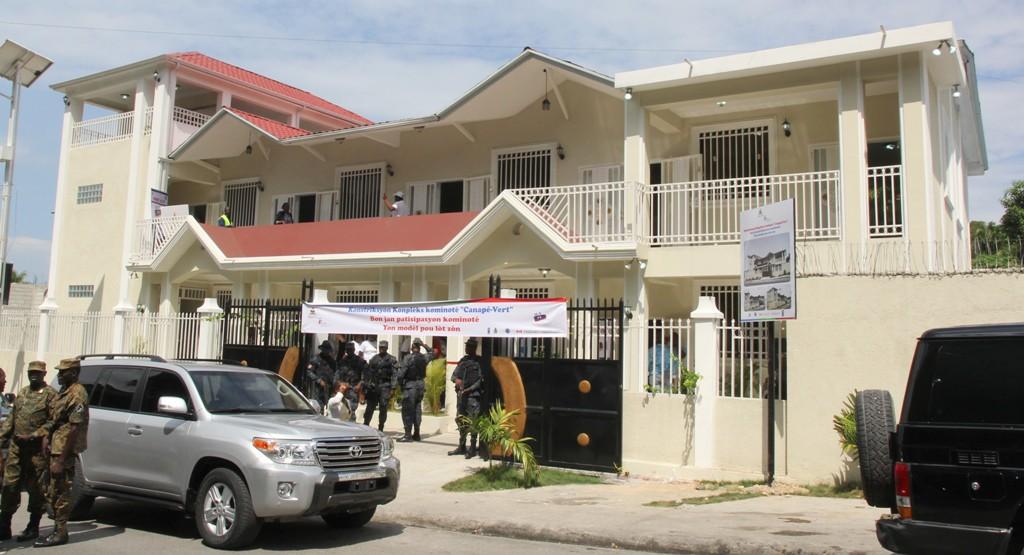 Vue extérieure du Centre communautaire du Canapé-Vert
