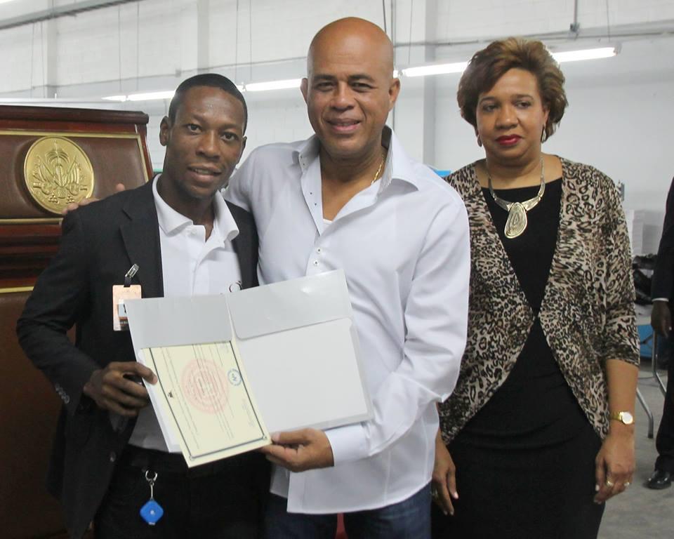 Honneur aux quatre premiers lauréats de la première promotion en cordonnerie
